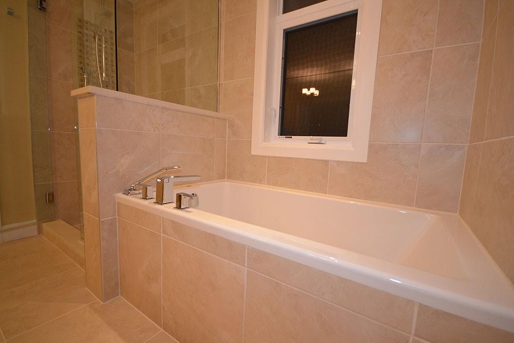 7-221-carleton-bath